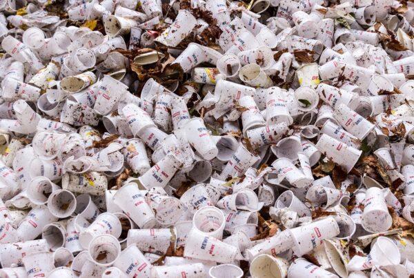 plastic-cups